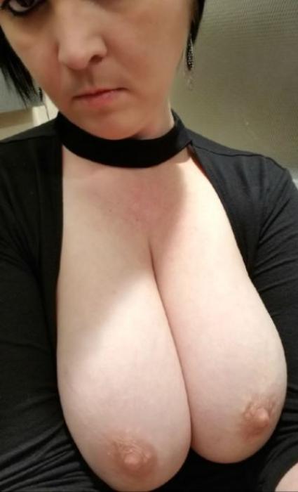 femme grosse poitrine cherche homme