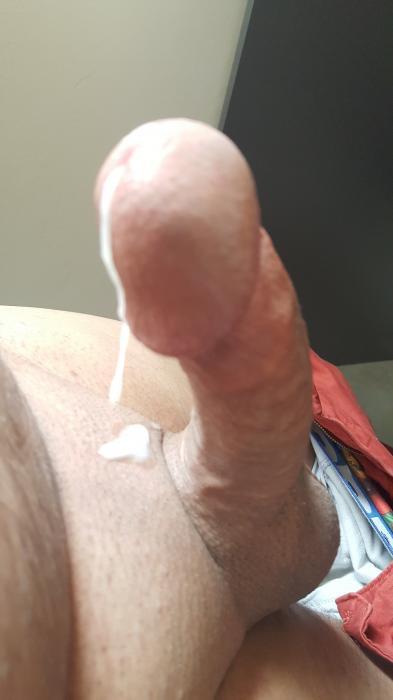 un homme avec une grosse queue Jetson porno comique